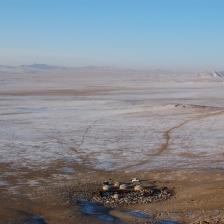 212 1387 HF centro Mongolia Gher con bestiame